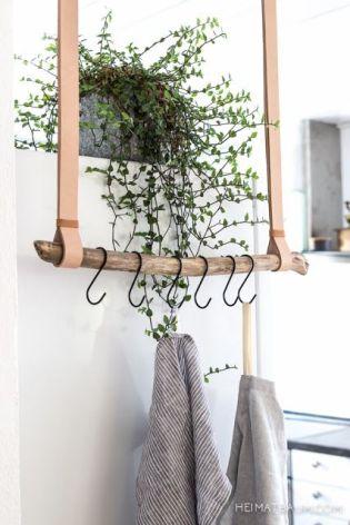 suspension bois et cuir